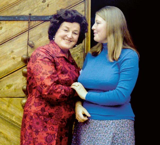 Elisabeth presenter boken om Birgit Nilsson